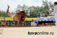 В Кызыле пройдет Международный турнир по сумо и хурешу памяти заслуженного тренера России Радислава Монгуша