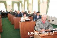 """Парламент Тувы дал """"добро"""" на назначение Александра Щура вице-премьером"""