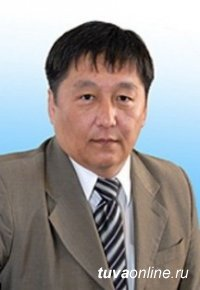 Глава Тувы выразил соболезнования в связи с кончиной известного юриста, государственного деятеля  Ооржака Дандара Дандар-ооловича