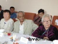 61-м Почетным гражданином Кызыла стал транспортник Константин Никифоров