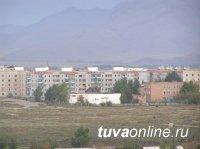 Тува: отец с годовалым сыном упали с третьего этажа