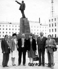В Туве простились с первым исследователем тувинской академической музыки Витольдом Сапельцевым
