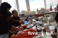 В Центре туризма Тувы состоится выставка-ярмарка «Новогодний маскарад»
