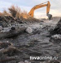 На реке, затопившей низину города Чадан, проведут подрывные работы