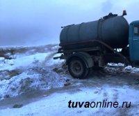 В Туве оштрафовали ассенизаторов, сливших нечистоты у поселка Каа-Хем