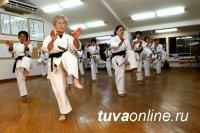 В столице Тувы для пенсионеров открывают секцию каратэ