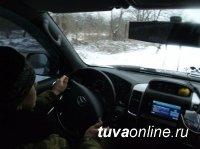 В Кызыле оштрафовали семейку водителей, воспитывающую нарушителя ПДД, который возит пассажиров на маршрутке, как дрова