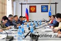 Глава Тувы провел «муниципальный час» по вопросам развития Тоджинского района
