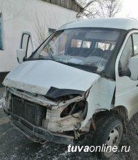 Госавтоинспекция Тувы напоминает об ответственности за осуществление нелегальных пассажирских перевозок
