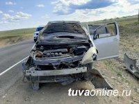 В Туве ремни безопасности спасли жизни пяти жителям, попавшим в аварию