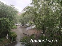 В Туве в течение суток 14 июля сильные дожди, грозы и град