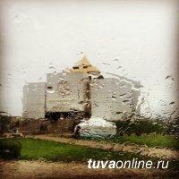 Крупный град и ливни прогнозируют в Туве