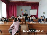 В мобильной приемной Главы Тувы консультацию получил 21 житель Кызылского района