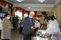 В Туве открылись 110 избирательных участков