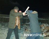 В Туве перед судом предстанет убивший одного и покушавшийся на жизнь второго пострадавшего 28-летний рецидивист