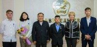 Впервые в Туве детей-героев наградили памятной медалью
