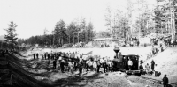 После первого поезда в Абакан в 1925 году рассматривался вопрос строительства железной дороги в Танну-Туву и Монголию