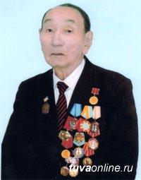 Ушел из жизни Дожулдей Бурзуунеевич Ондар, бывший министр образования Тувы