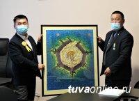 Художники Тувы предлагают в Год 100-летия ТНР установить памятник первому художнику республики, провести пленэр на Чагытае