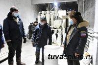 В Туве на земле Санникова намололи первые 20 тонн тувинской муки, трудоустроив в пахотный сезон до 90 безработных земляков