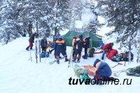 Рядом с Тувой в горах погибла туристка