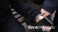 В Туве 17-летний разбойник напал на ровесника и похитил у него смартфон