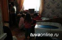 В Туве мать направилась лечиться от алкоголизма, чтобы вернуть детей