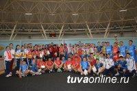 В Туве команды волейболистов сразятся за призы Главы города Кызыла