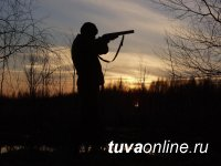 В Туве охотник, ранивший друзей на охоте, застрелился
