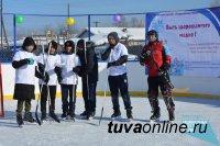 При поддержке Совета молодых врачей в Туране открыта хоккейная коробка