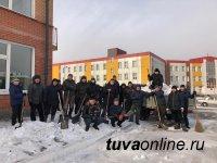 В столице Тувы приступили к реализации противопаводковых мероприятий и объявили месячник по уборке снега