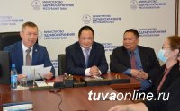 Министром здравоохранения Тувы назначен врач-хирург Анатолий Югай