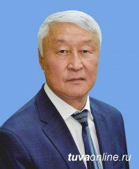 Кан-оол Даваа поздравил депутатов с Днем российского парламентаризма