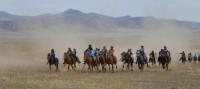 В Туве на открытии сезона конных скачек двойную победу одержал улугхемский коневод Доржу Байыр