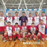 Команда МВД Тувы выиграла республиканский турнир по мини-футболу