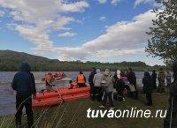В Туве продолжается борьба с паводком. В Кызыле разворачивают третий ПВР