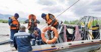 В Туве, где поднялся уровень воды в реках, инспекторы ГИМС помогают энергетикам восстанавливать энергоснабжение
