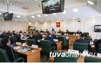 Сенатор от Тувы обратила внимание руководителя Роспотребнадзора Анны Поповой на необходимость модернизации лабораторных служб