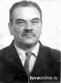 Московский профессор Павел Маслов в 1930 году, чтобы провести в Туве сельхозперепись, за полгода выучил тувинский язык