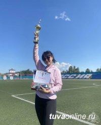 Кара-Кыс Аракчаа победила в соревнованиях в честь Международного  олимпийского дня
