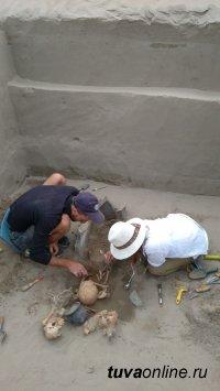 В Чаа-Хольском районе Тувы идут работы по спасению археологических артефактов Саянского моря