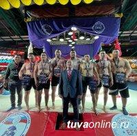 На Чемпионате Европы по сумо отличились борцы из Тувы