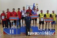 Тувинские спортсмены взяли серебро по настольному теннису среди команд МЧС России СФО