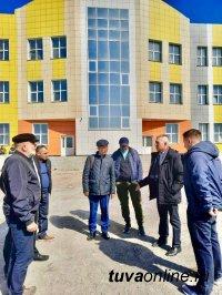 В правительстве Тувы рассказали, как ликвидируют аварийное жилье и третью смену в школах