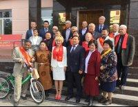 Сенатор Дина Оюн поздравила кызылчан с Днем города
