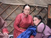 Актриса Национального театра Тувы Надежда Ооржак простилась с ролью Кара