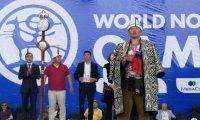 27-летний Айдын Монгуш, победитель Всемирных игр кочевников в 2018 году, выиграл турнир Наадыма по борьбе хуреш