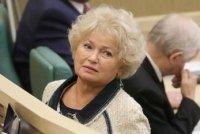 Глава Тувы Владислав Ховалыг продлил полномочия сенатора Людмилы Нарусовой
