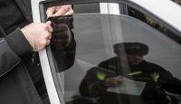 В Туве двое водителей проведут двое суток под арестом за неснятую вовремя тонировку стекол авто